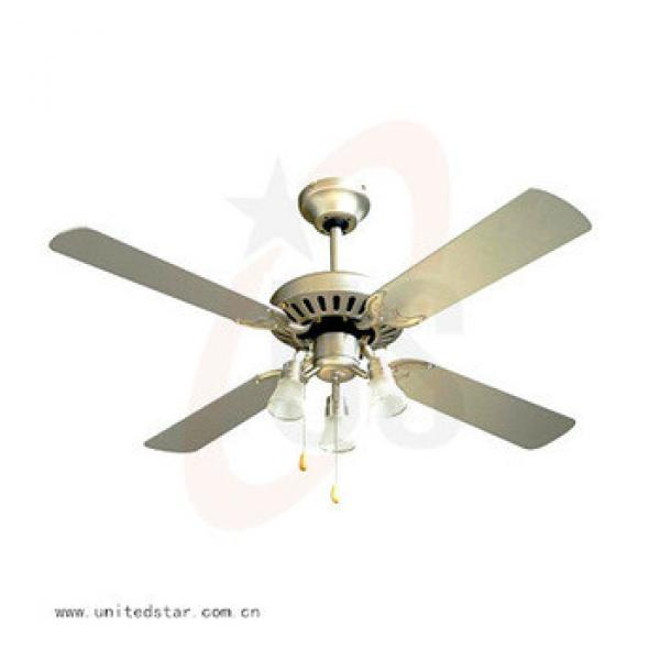 DCF-170 52' 4 blade 1 light Ceiling Fan with led Light